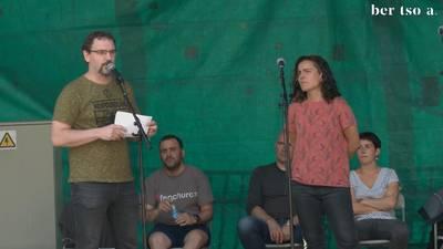 Aitor Sarriegi, Aitor Mendiluze, Eli Pagola, Maialen Lujanbio eta Aimar Karrika. Lehendakaria gobernua osatzen.