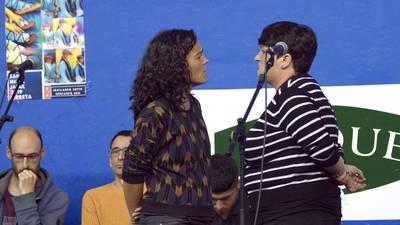 Mugimendu feminista bateko pertsonai ezagun bera zarete. Zuen aurkako pintadak egin dituzte.