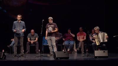 Jon Lopategi omentzeko bertso-sorta musikatua